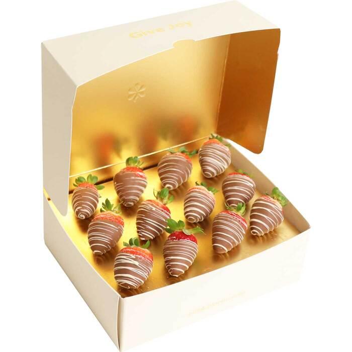 Dozen belgian chocolate dipped strawberries edible blooms dozen choc dipped strawberries negle Choice Image