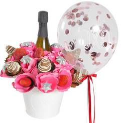 Strawberry Sparkling Chocolate Bouquet with 'XOXO' Confetti Balloon