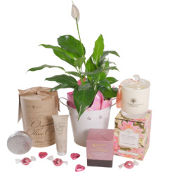 Her Special Day Pamper Hamper